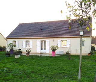 Maison plain-pied MEHUN SUR YEVRE 107 (18500)