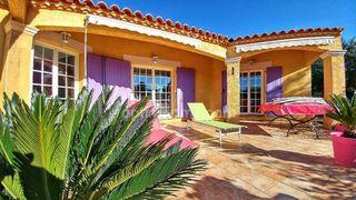 Villa NIMES  (30000)