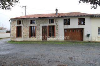 Maison de village BURIE 114 (17770)