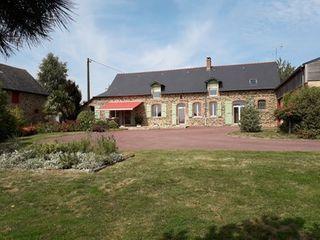Maison en pierre LA CHAPELLE JANSON 169 (35133)