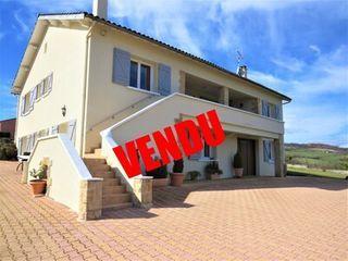 Villa VERTAIZON  (63910)
