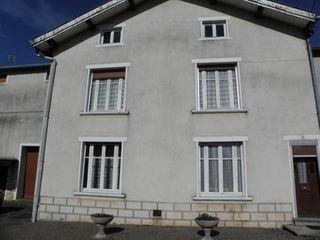 Maison de village CORRE  (70500)