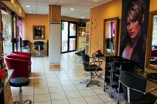 Salon de coiffure JUZIERS  (78820)