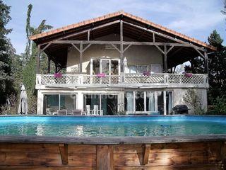 Maison rénovée VIC LE COMTE  (63270)
