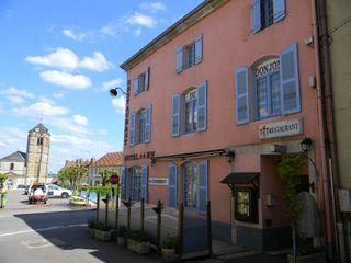 Hôtel - Restaurant CHAMPLITTE  (70600)