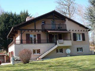 Maison de caractère COUZEIX  (87270)