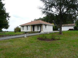 Maison LA ROCHE CHALAIS 90 (24490)