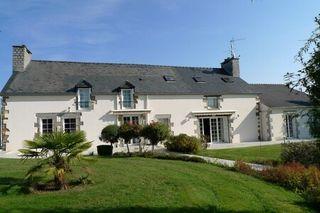 Maison de caractère SAINT LEONARD DES BOIS  (72130)