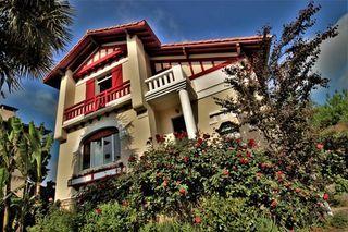 Villa d'architecte DAX 162 (40100)