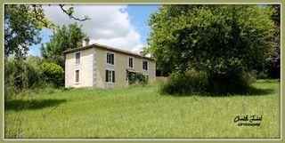 Maison de campagne CHALAIS 180 (16210)