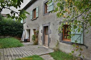 Maison de village MONTCHAMP 135 (15100)