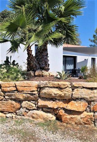 Maison contemporaine TRANS EN PROVENCE 125 (83720)