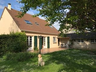 Maison ORVILLIERS  (78910)