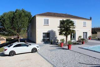 Maison contemporaine PERIGUEUX  (24000)