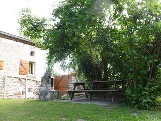 Maison en pierre VIC LE COMTE  (63270)