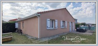 Maison plain-pied MENETROL  (63200)