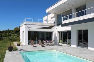Villa d'architecte CHANCELADE 225 (24650)
