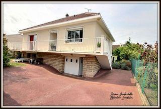 Maison CARRIERES SOUS POISSY 132 (78955)