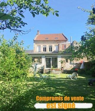 Maison de ville AUXI LE CHATEAU 143 (62390)
