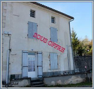 Maison à rénover CHALAIS 155 (16210)