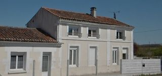Maison en pierre BURIE 148 (17770)