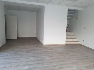Local commercial TOULON  (83000)