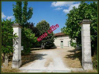 Maison en pierre CHALAIS 210 (16210)