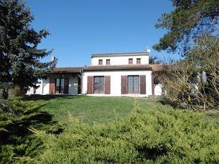 Maison de village COGNAC  (16100)