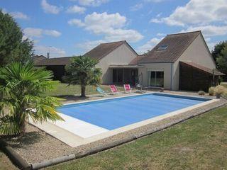 Maison contemporaine CHATELLERAULT 180 (86100)