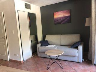 Appartement en résidence GREOUX LES BAINS 22 (04800)