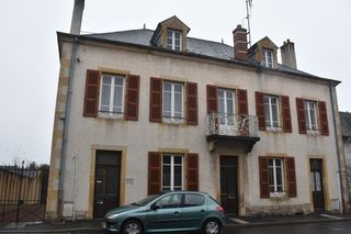 Maison bourgeoise GUEUGNON 237 (71130)