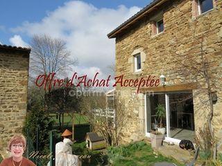 Maison en pierre VERNET LA VARENNE 151 (63580)