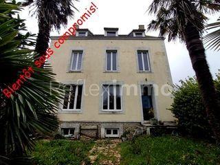 Maison à rénover PLOZEVET 150 (29710)