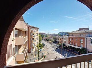 Appartement en résidence TOULOUSE  (31100)