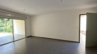 Appartement en rez-de-jardin REMIRE MONTJOLY 64 (97354)