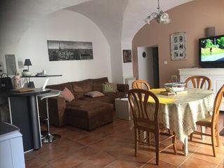 Appartement rénové CAMARES 67 (12360)