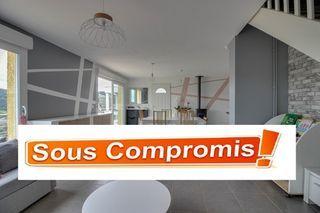 Maison contemporaine BRUSSIEU 120 (69690)