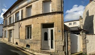 Maison en pierre BURIE 112 (17770)