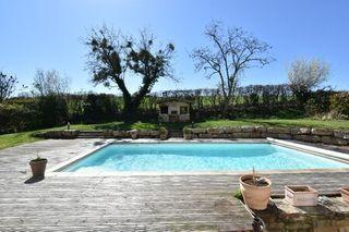 Maison FLEURIEUX SUR L'ARBRESLE  (69210)