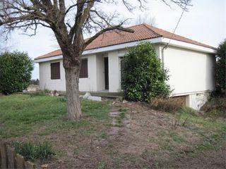 Maison SAINT LAURE  (63350)