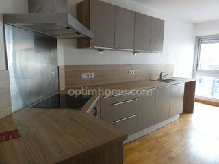 Appartement en résidence ORLEANS 97 m² ()