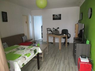 Appartement LANDERNEAU 64 m² ()
