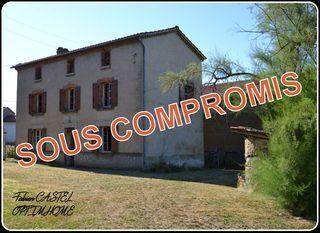 Maison à rénover ORLEAT 90 m² ()