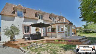 Maison NOGENT LE ROI 161 m² ()