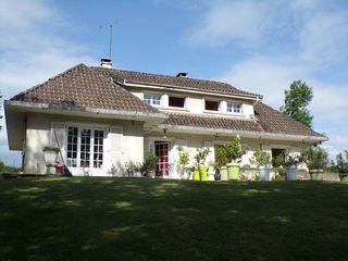 Maison VILLEREVERSURE 157 m² ()