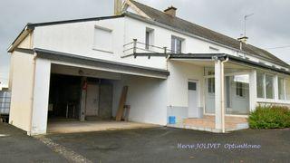 Maison de campagne SAINT MARS LA JAILLE 1190 m² ()