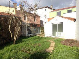 Immeuble SAINT FLORENT DES BOIS  ()