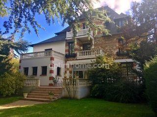 Maison DOMONT 190 m² ()