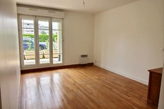 Appartement CARRIERES SOUS POISSY 61 m² ()