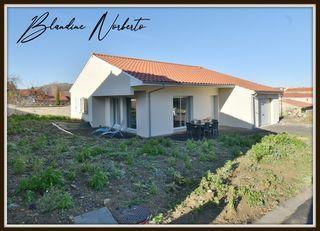 Maison plain-pied CHAURIAT 107 m² ()